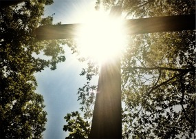 Sunshine Cross 923890_960_720Pixabay